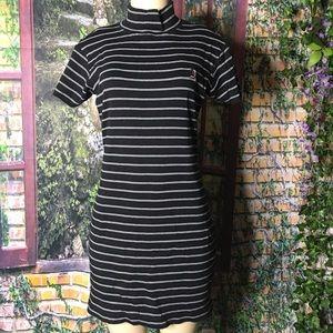 tommy hilfiger striped black white knit dress M.